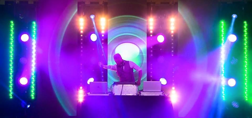 DJ Tom Finkill